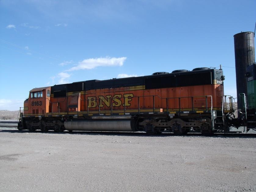 BNSF8163-left rear