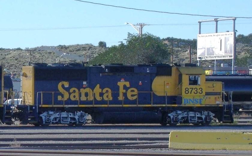 BNSF 8733