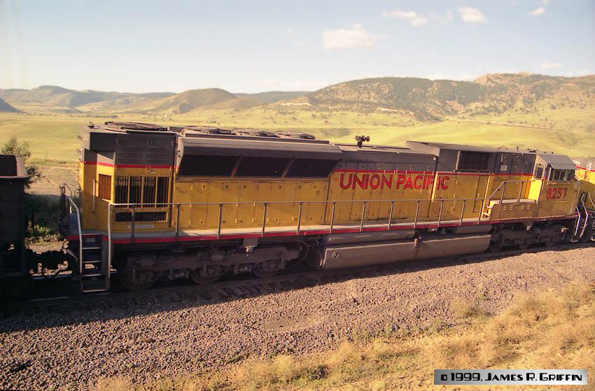 UP8257-1999-09-04b