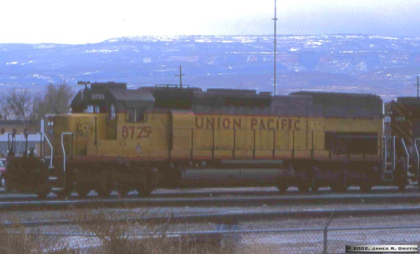 UP8725