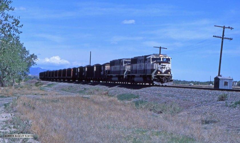 BNSF SD70MAC 9779
