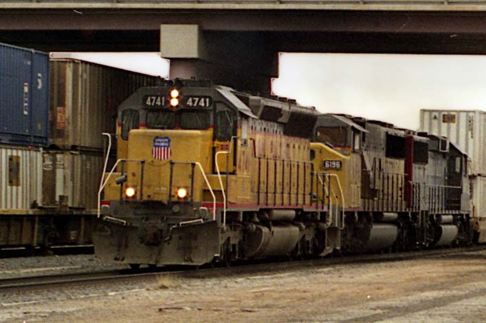 UP4741 DRGW5328 Tucumcari 2001-03